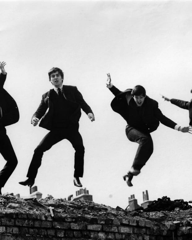 the-beatles-and-the-counterculture-of-the-sixties