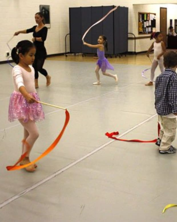 creative-movement-and-dance-lesson-ideas-for-preschool-children