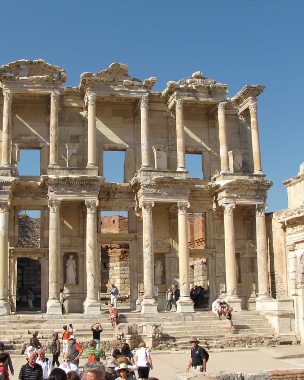 visiting-ancient-ephesus-turkey