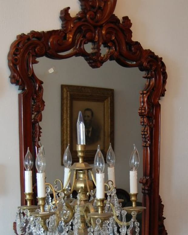 how-to-determine-the-value-of-an-old-mirror