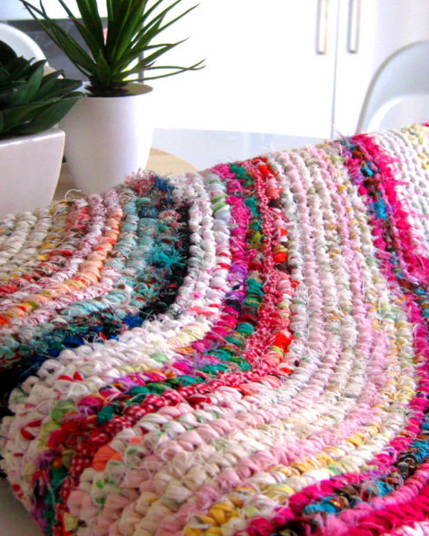 how-to-make-a-rag-rug-rag-rug-instructions