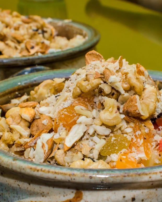 paleo-muesli-a-gluten-free-grain-free-breakfast-recipe