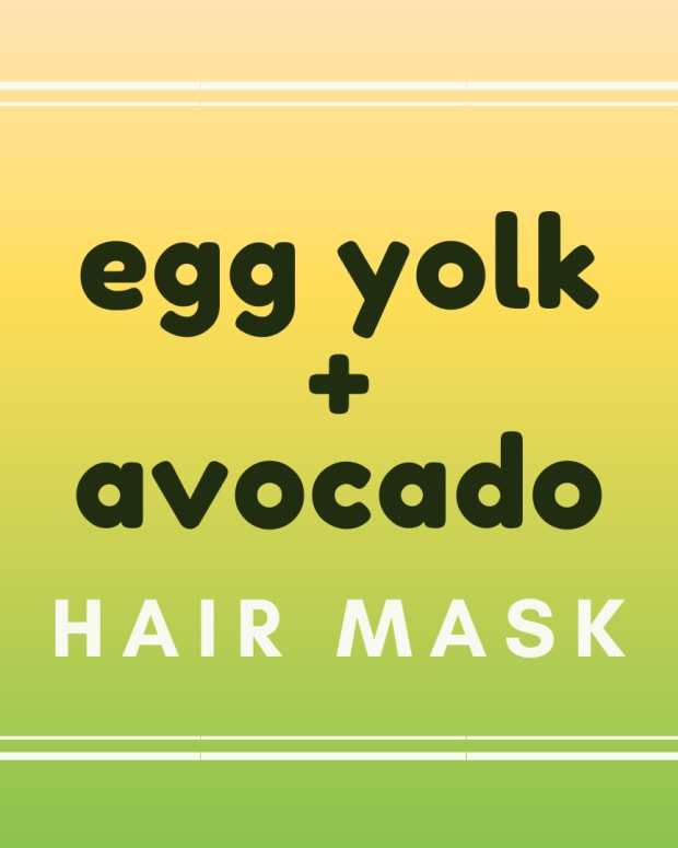 avocado-egg-yolk-hair-mask-for-volume-growth-conditioning