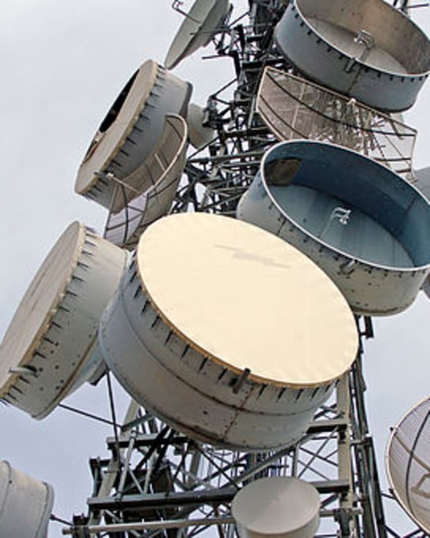 microwave-radio-communications