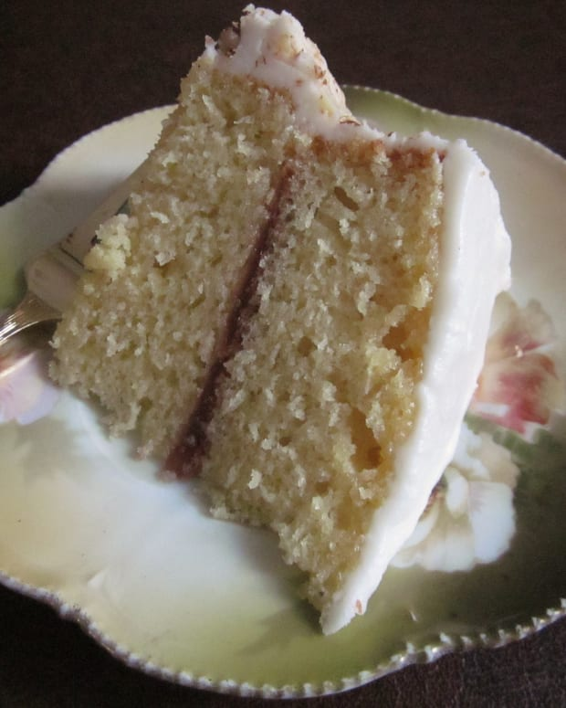 marvelously-moist-yellow-cake