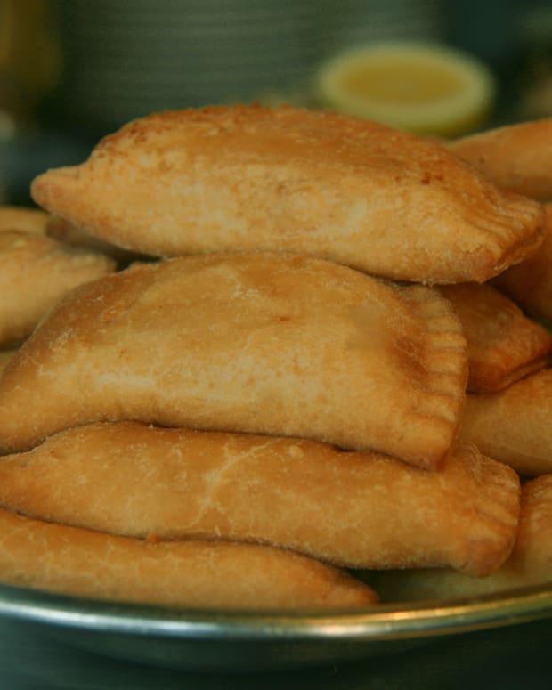 island-bites-puerto-rican-chicken-empanadas