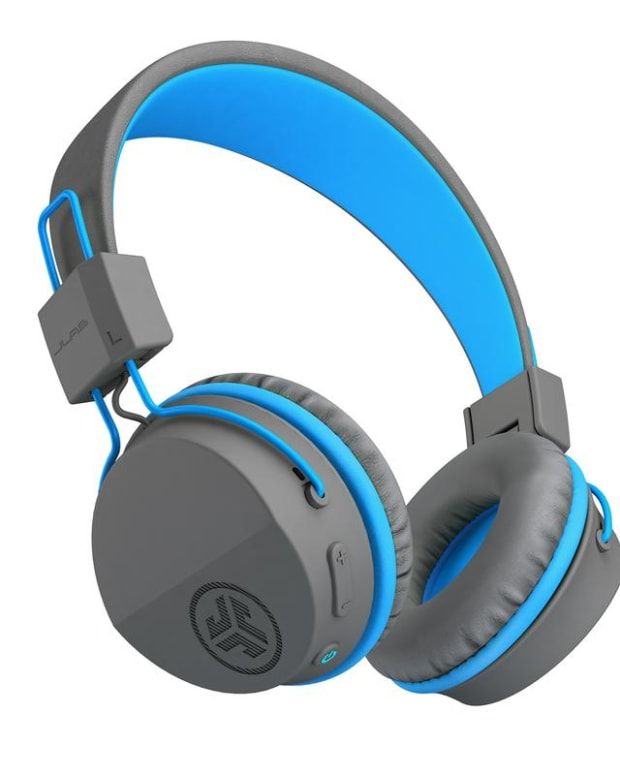 electronics-review-jlab-audio-jbuddies-studio-bluetooth-wireless-folding-headphones