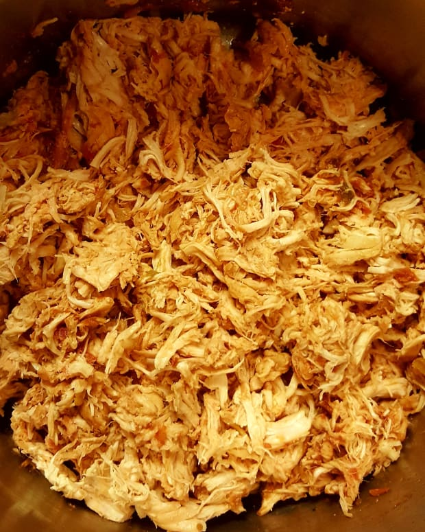 slow-cooker-shredded-chicken-in-salsa