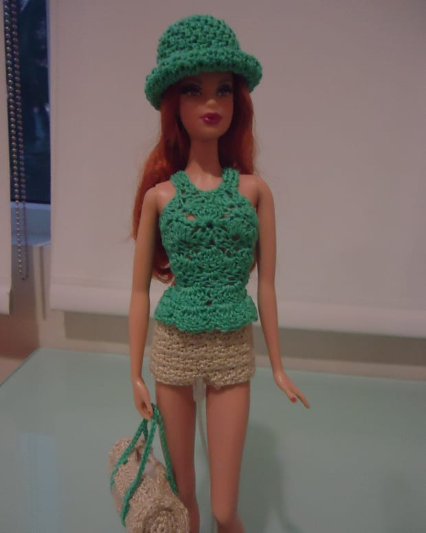 barbie-peplum-tank-top-free-crochet-pattern