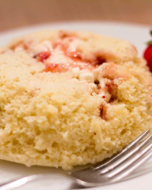 microwave-waffle-lava-cake