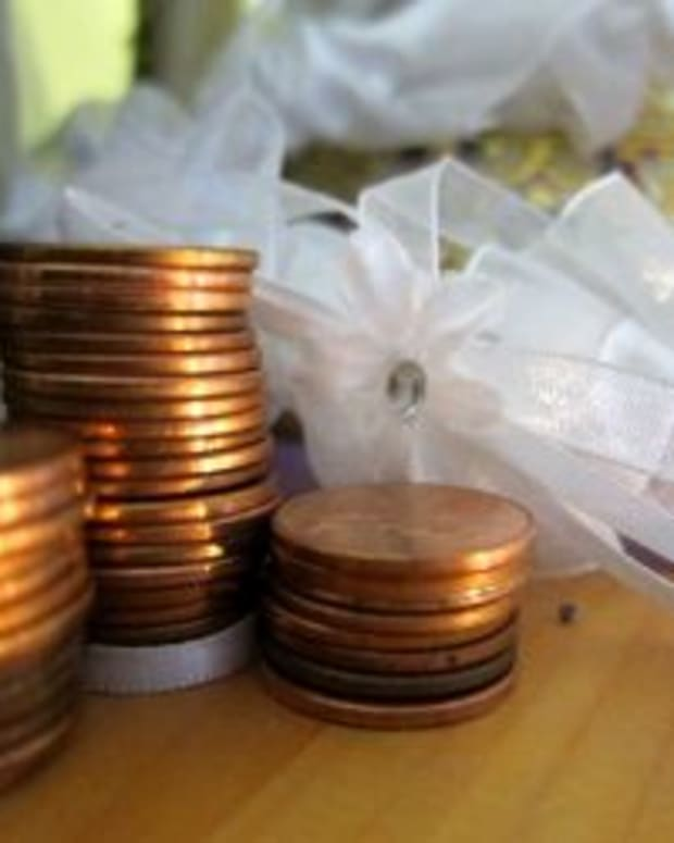 backyard-wedding-budget-how-much-will-one-cost-