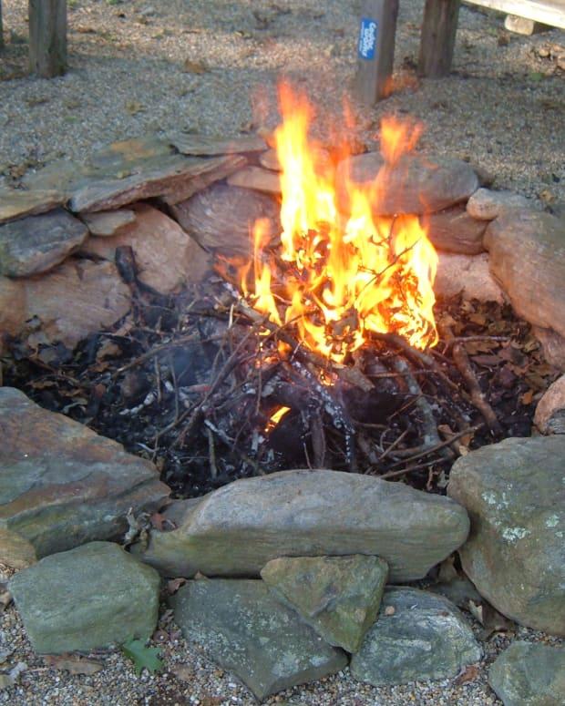 build-a-backyard-fire-pit-using-fieldstone