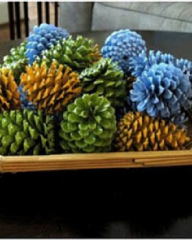crafts-using-pine-cones