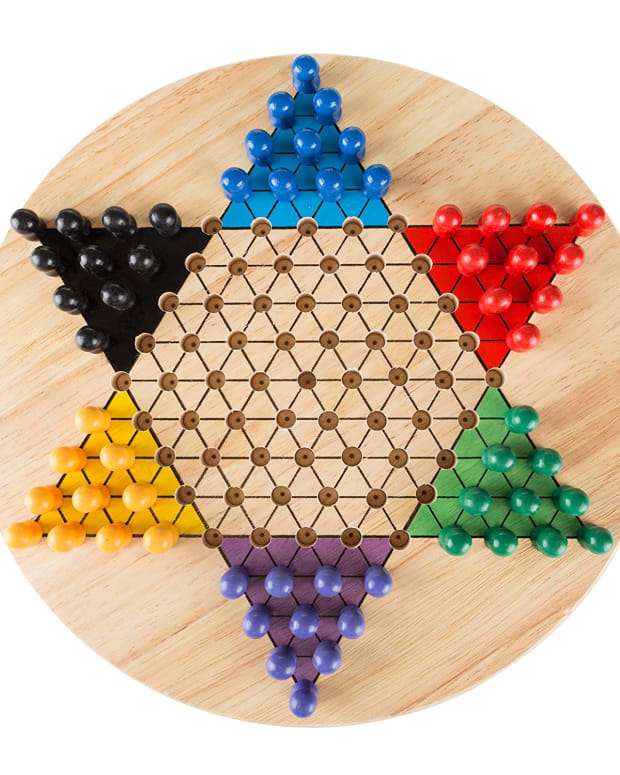 chinese-checkers-with-pegs