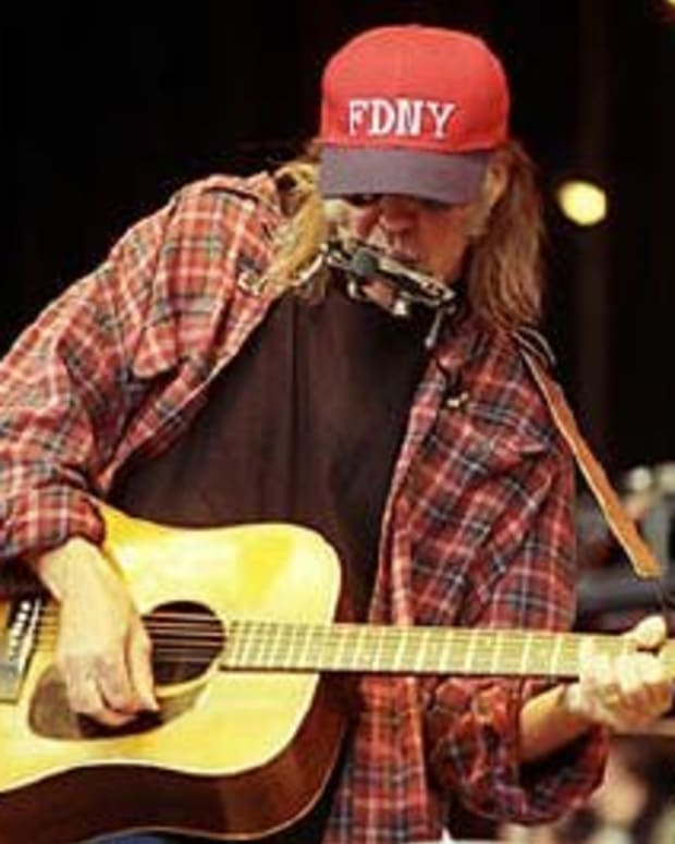 neil-young-and-martin-acoustic-guitars