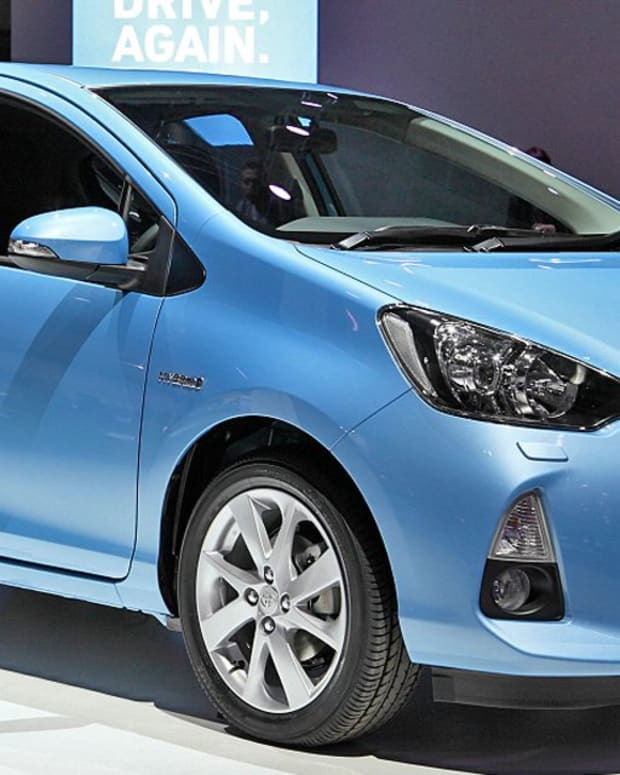 review-of-toyota-aqua-prius-c