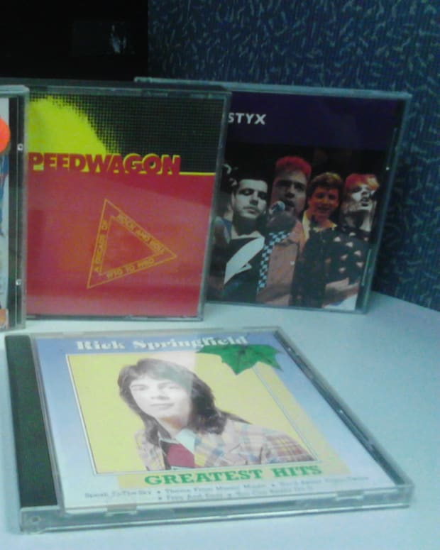 scrounging-for-cds-at-the-thrift-store