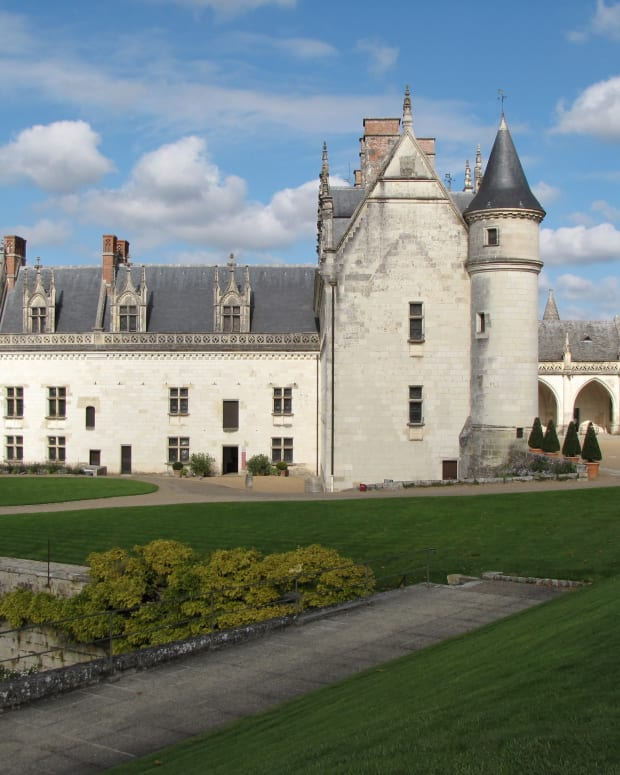 a-visit-to-chateau-amboise