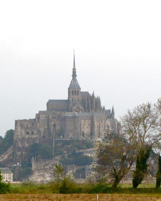 magnificent-mont-saint-michel
