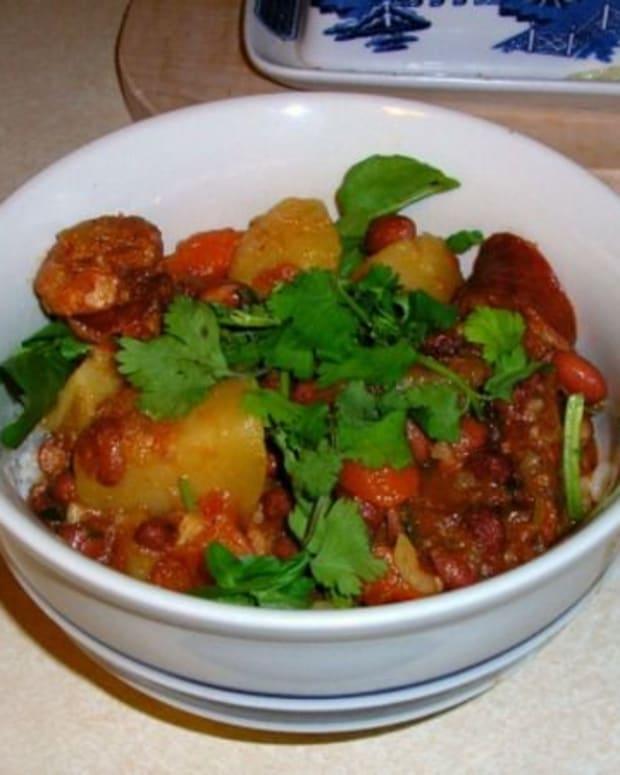 hawaiian-style-portuguese-bean-soup