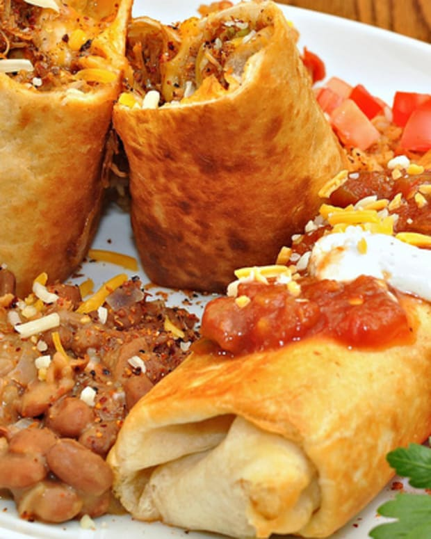 how_to_make_a_chimichanga_a_crispy_fried_mexican_burrito