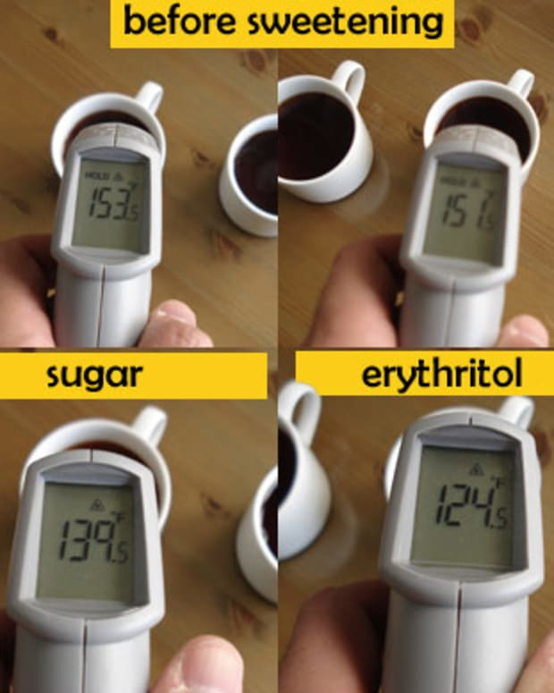 Tea from the same source starts off at about same temperature. Erythritol cools much more than sugar as it dissolves.