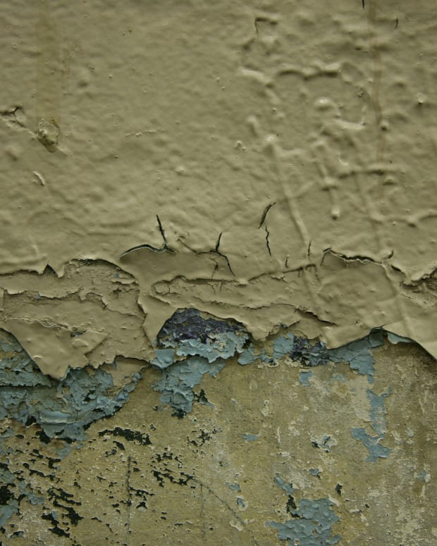 how-to-repair-peeling-paint-removing-old-paint-and-repainting