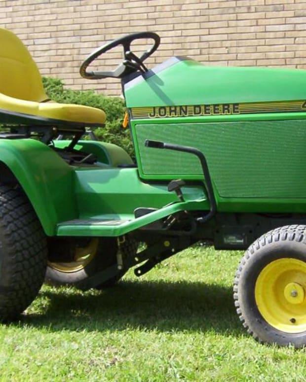 john-deere-445