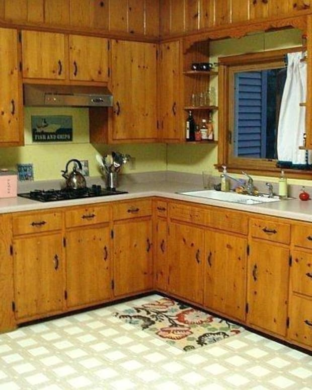 tips-for-painting-knotty-pine-cabinets-white