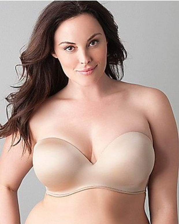 whats-the-best-strapless-bra-for-c-d-dd-cup-large-breasts