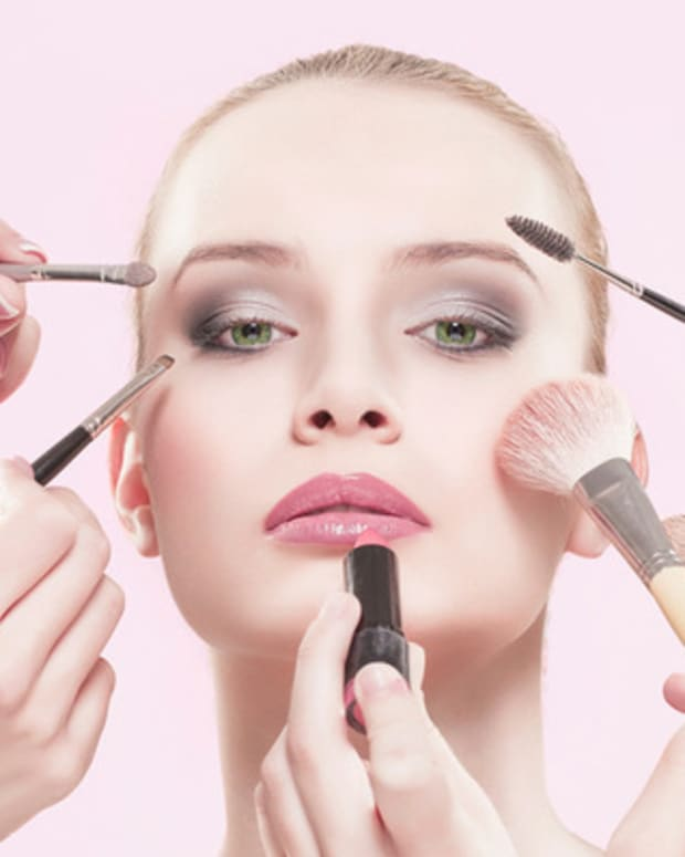 common-makeup-mistakes-that-could-jeopardize-your-health