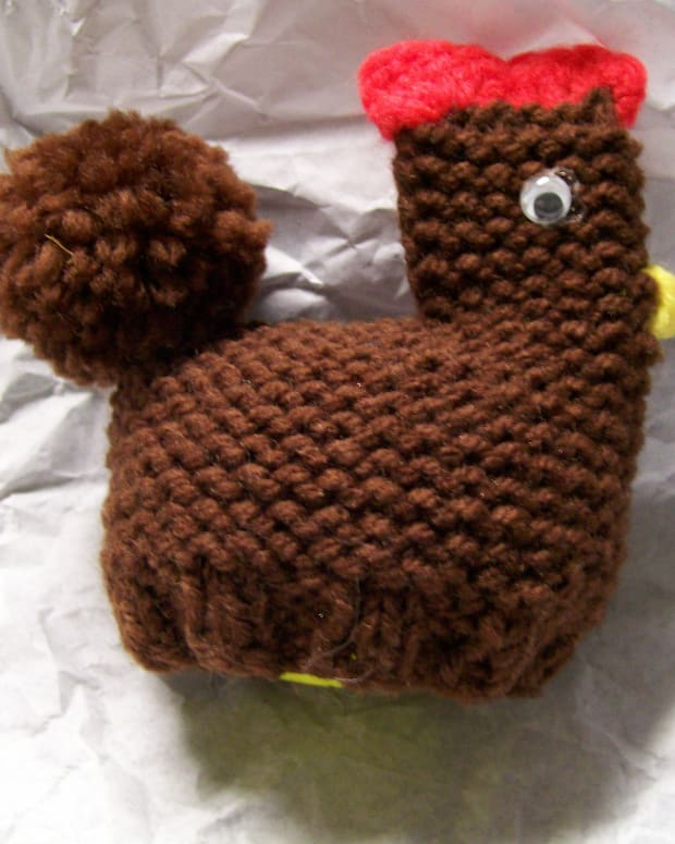 all-that-yarn-little-knitted-chicken-and-crocheted-tiny-bunny