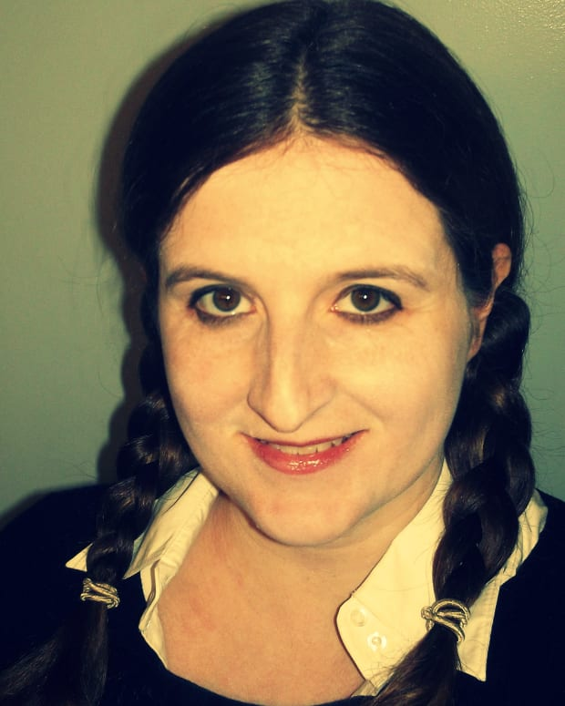 wednesday-addams-halloween-costume