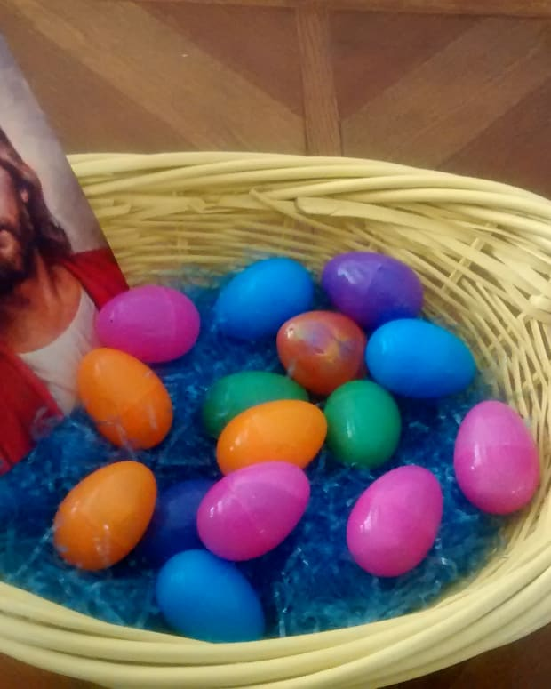 bring-fun-and-spirituality-into-your-familys-easter-celebration-with-this-christ-centered-easter-egg-hunt