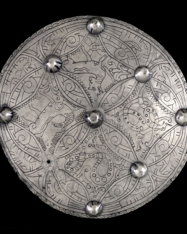the-riddle-of-the-silver-brooch-of-aedwen