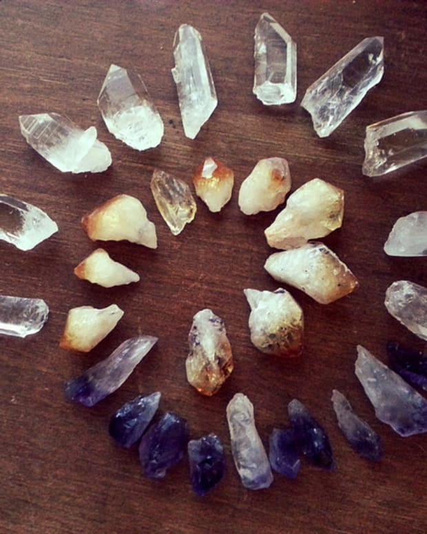 using-crystals-for-personal-empowerment-and-success