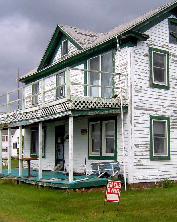 weboughtthewronghouse