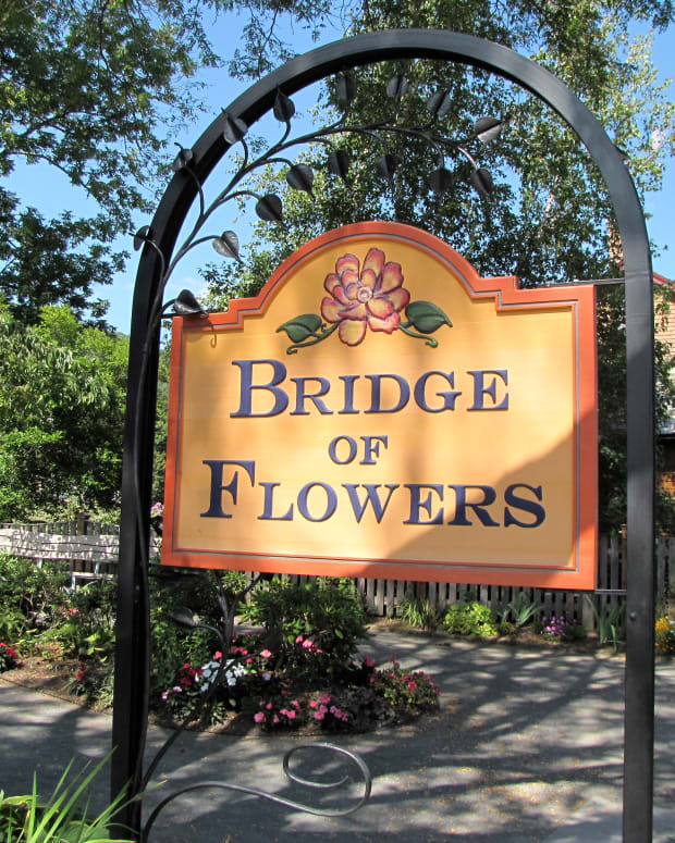 the-bridge-of-flowers-shelburne-falls-ma