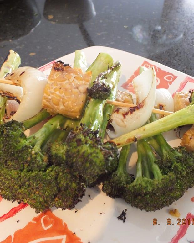 tempah-yakitori-with-broccoli