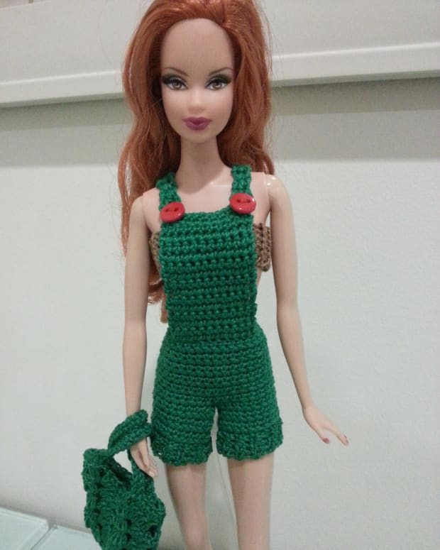 barbie-basic-overalls-free-crochet-pattern