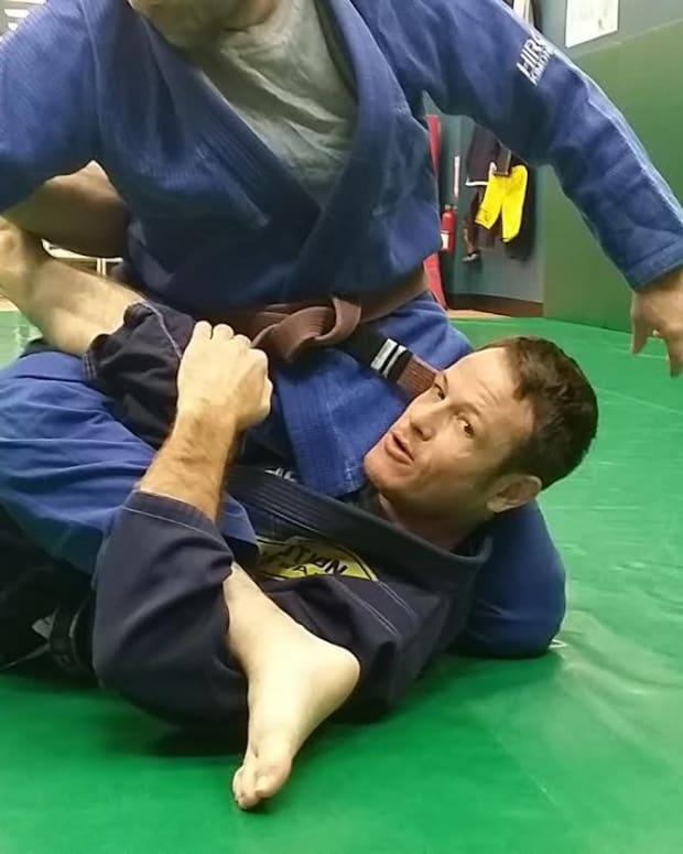 advanced-waiter-sweep-options-from-deep-half-guard-a-bjj-tutorial