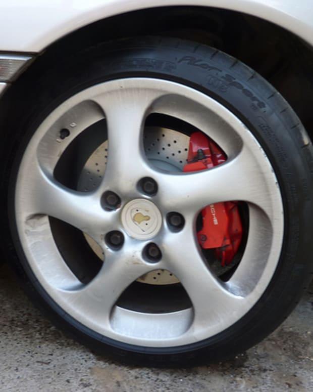 brake-fluid-leak-troubleshooting