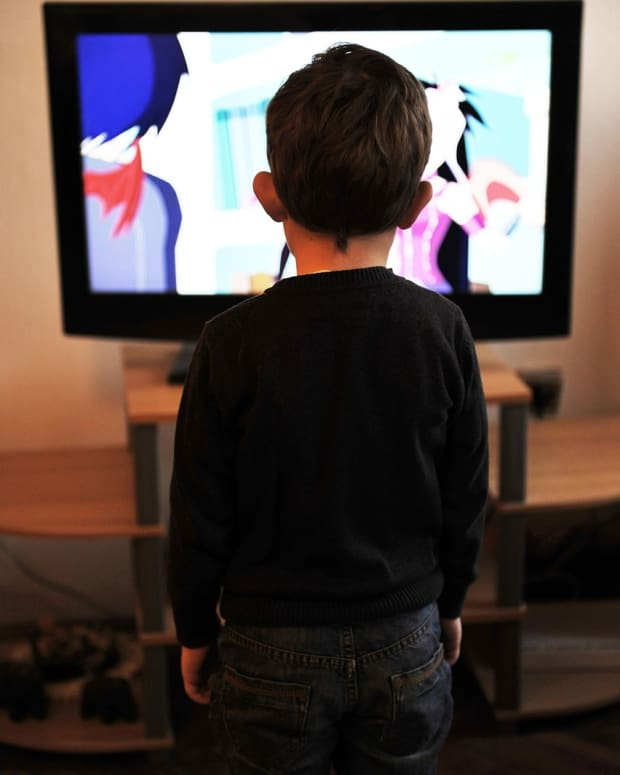 why-screen-time-for-children-should-be-avoided-a-waldorf-educators-point-of-view