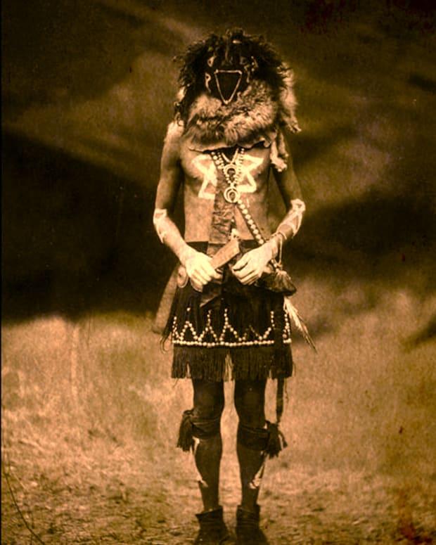 urban-legends-the-navajo-skinwalker