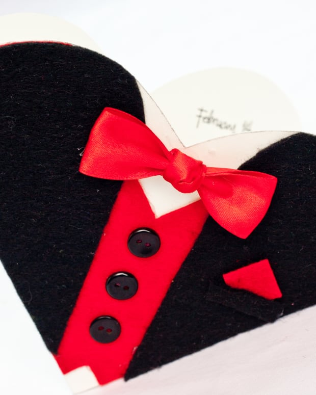 how-to-make-a-heart-shaped-valentines-day-card