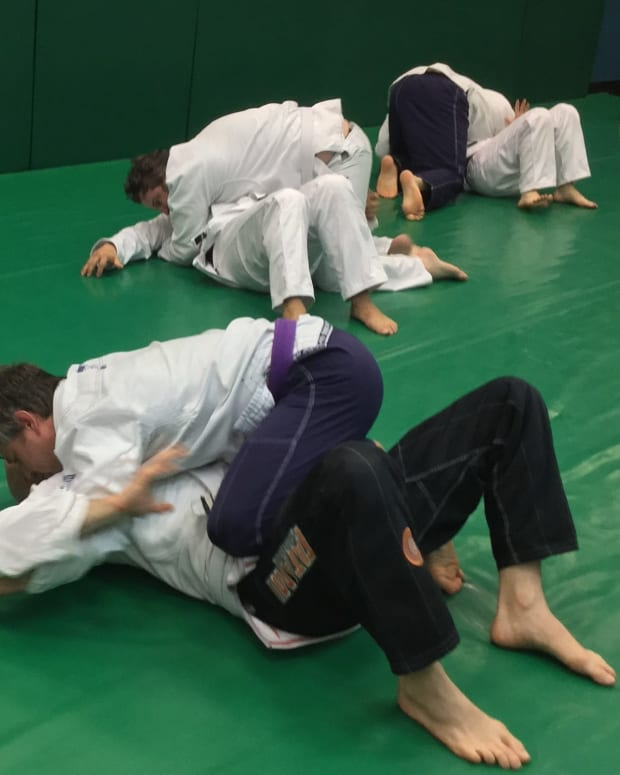reverse-armbar-from-mount-a-goatfury-bjj-tutorial