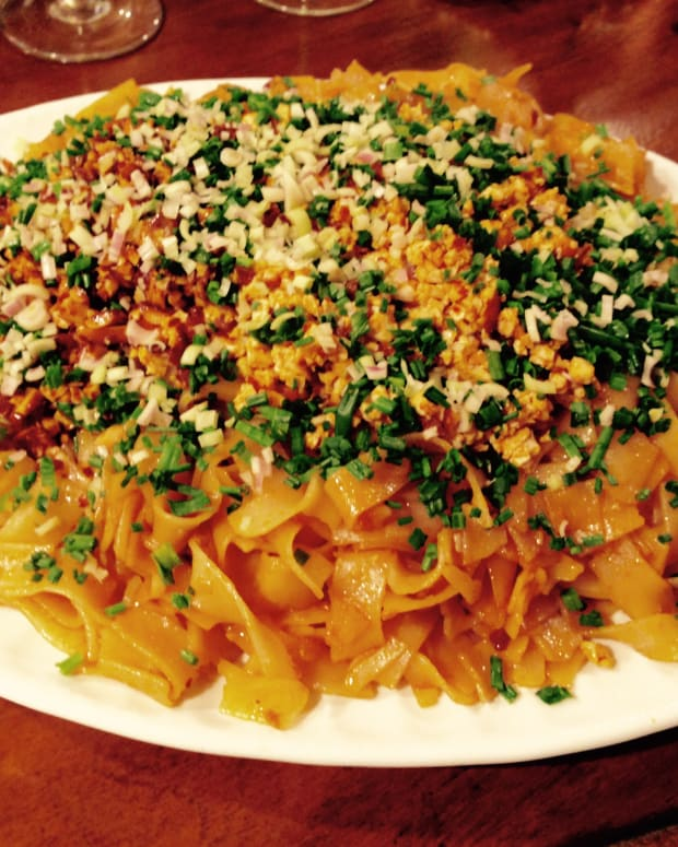 vegetarian-pad-thai-noodles