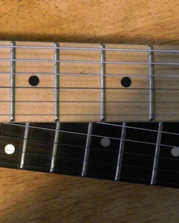 maple-vs-rosewood-fretboard-whats-the-difference