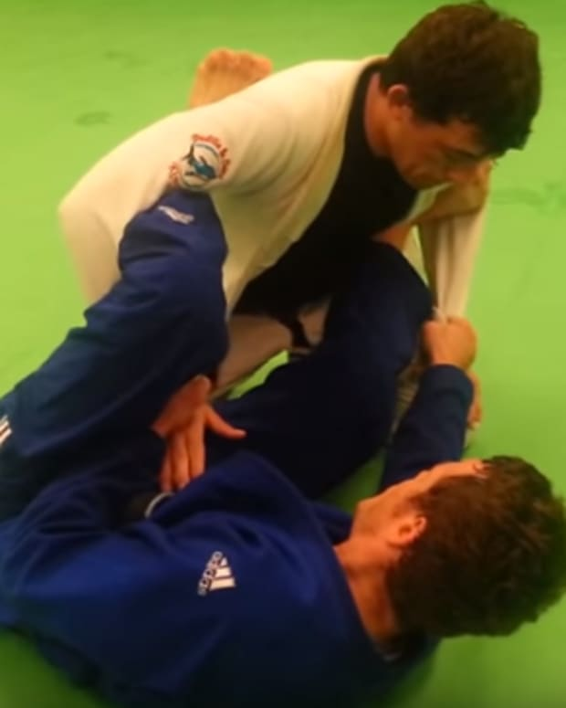 lasso-guard-bjj-tutorial-setting-up-triangles-and-omoplatas