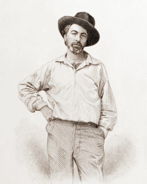 comparison-and-contrast-of-emily-dickinson-and-walt-whitman